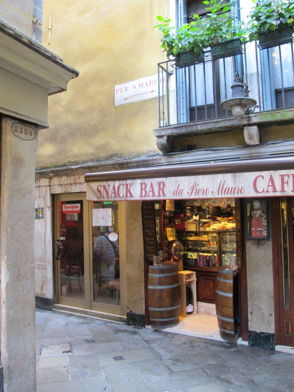 Venezia ti amo - Calle dei fabbri, Ponte e sotoportego dei ...