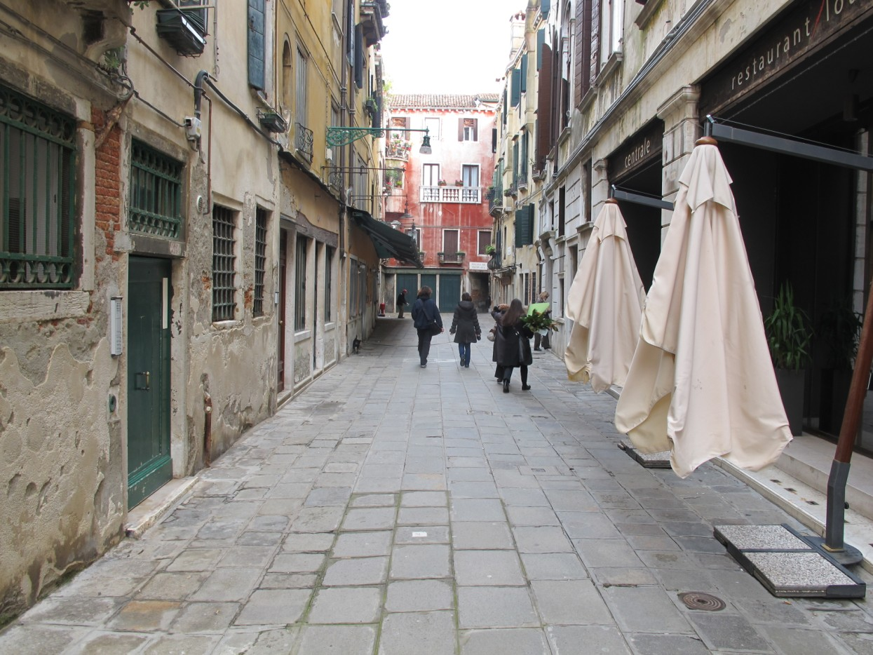 Venezia ti amo piscina di frezzeria san marco - Piscina san marco ...